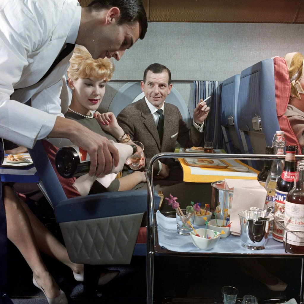 1960s-airline-travel-culturainquieta8[1].jpg
